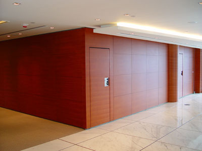 Trang trí vách ngăn gỗ phân chia văn phòng